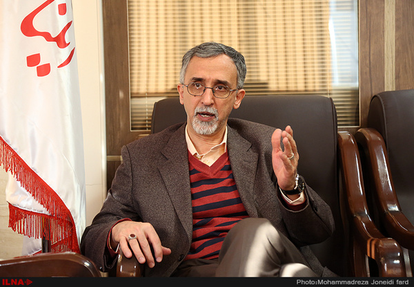 وعده تولیت آستان قدس برای پیگیری محدودیتهای رئیس دولت اصلاحات
