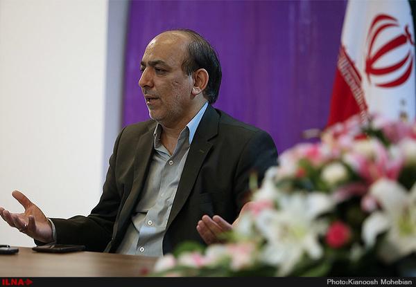 وقتی احمدینژاد علیه اصلاحطلبان کار میکرد، اصولگرایان برایش هورا میکشیدند