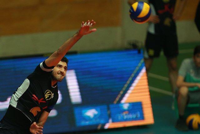 معنوینژاد امتیاز آورترین بازیکن دیدار والیبال ایران برابر بلغارستان