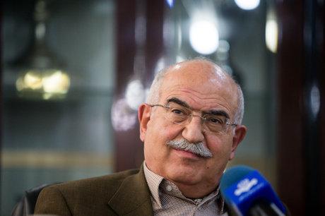 بهمن کشاورز: هر نوع شفافیت سازی در روابط پولی به نفع جامعه ایرانی است