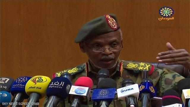 کودتا نکردهایم/ البشیر به دادگاه کیفری تحویل داده نخواهد شد