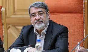 باید تلاش کنیم ایران از نظر اقتصادی روی پای خود بایستد