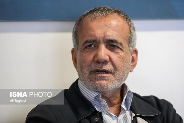 پزشکیان: قصد حمایت از هیچ کدام از کاندیداها را ندارم